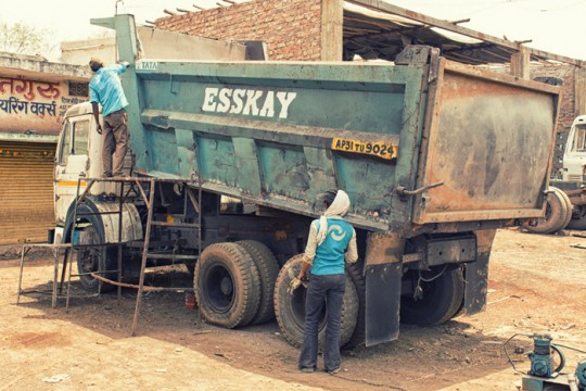 Dump truck, Raipur