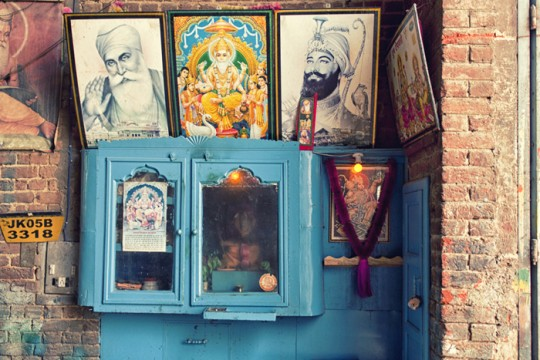 Pictures of Sikh gurus in truck workshop