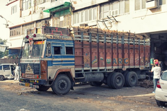 Truck carrying coconuts, New Delhi